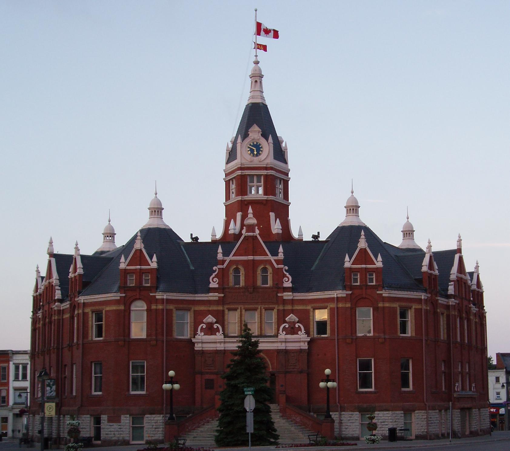 Royal Customs Stratford Ontario